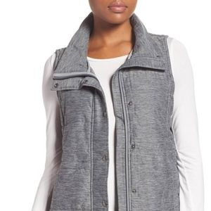 NWT THE NORTH FACE WOMEN'S PSEUDIO QUILTED VEST